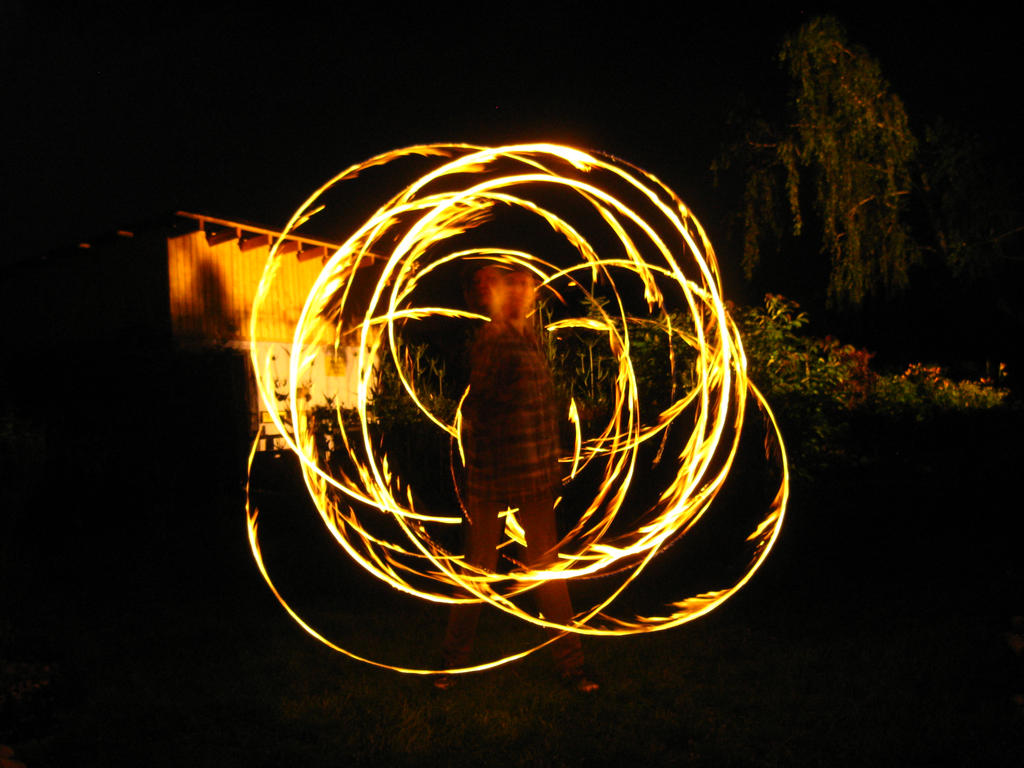 fire show no. 4 by urodzonyozmierzchu