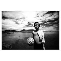 i love football.. by corocongkak