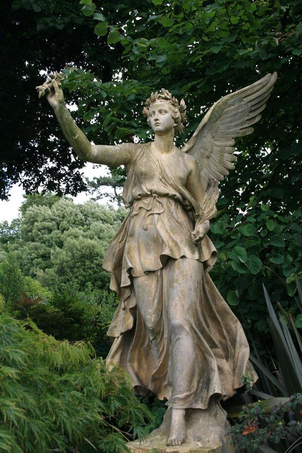 Angel statue Stock 16
