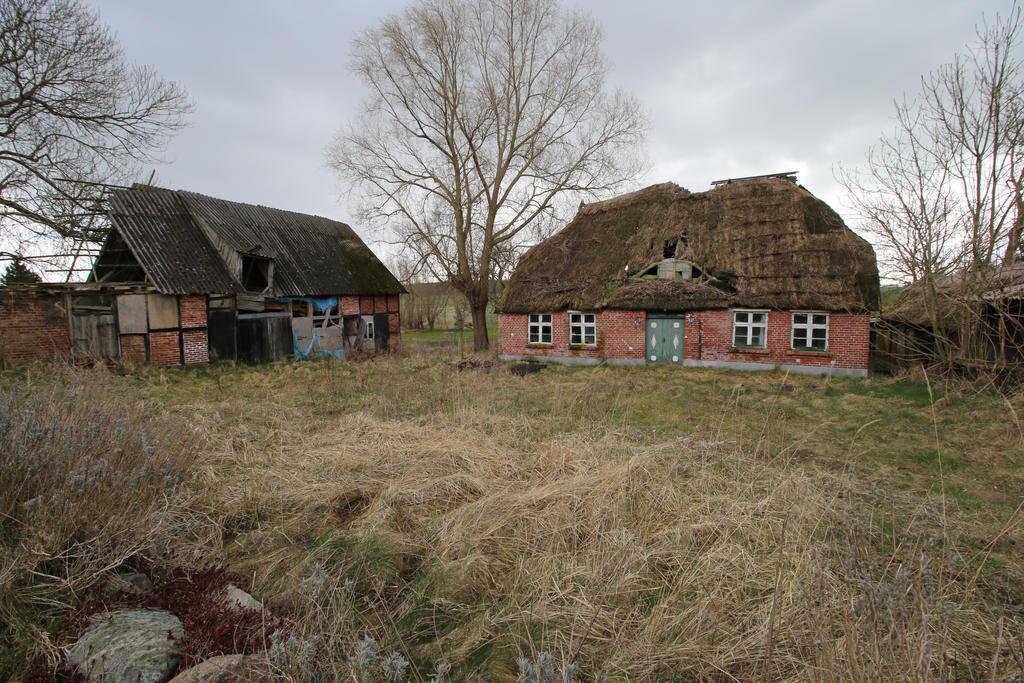 Abandoned Farmhouse Stock 06