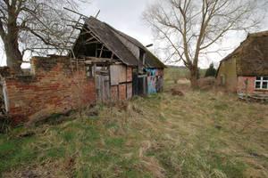 Abandoned Farmhouse Stock 04 by Malleni-Stock