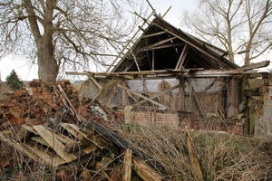 Abandoned Farmhouse Stock 01 by Malleni-Stock