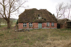 Abandoned Farmhouse Stock 07 by Malleni-Stock