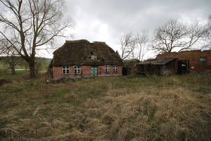 Abandoned Farmhouse Stock 05 by Malleni-Stock
