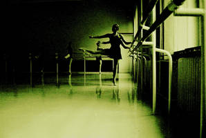 baletnice by halkie-spinoza