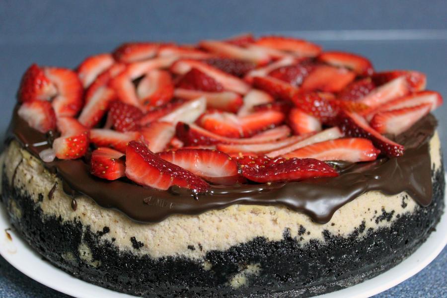 ChocolateStrawberry Cheesecake by SilverDragon2050