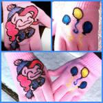 Pinkie Pie gloves