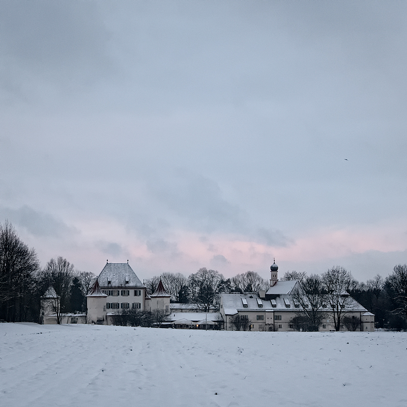 Schloss Blutenburg by vamosver