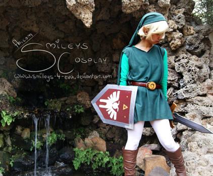 Green Link cosplay