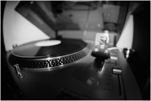 turntable by killyourcamera