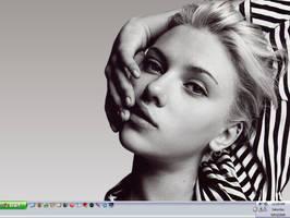 Greyscaled Scarlett