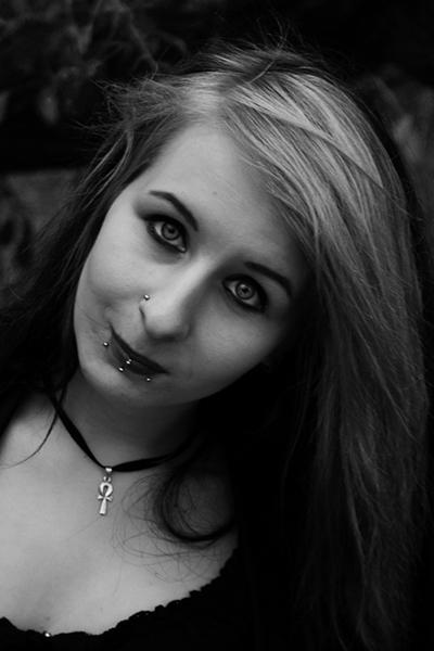 ViolentVioletVi's Profile Picture