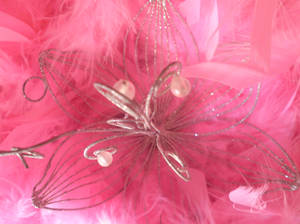 Sparkling detail in pink 2