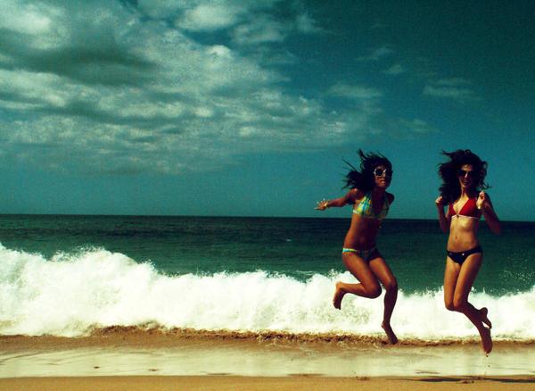 Those Beach Girls by mralvin-borndead