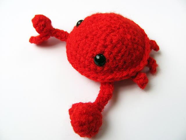 Amigurumi Crab 2 by MevvSan on deviantART