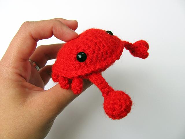 Amigurumi Crab : Amigurumi Crab 4 by MevvSan