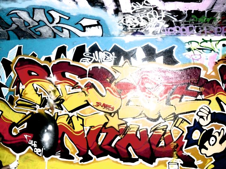 Ultras Grafitti - Page 2 Ule02_graffiti_i_by_fak_her_1993-d3at3ar