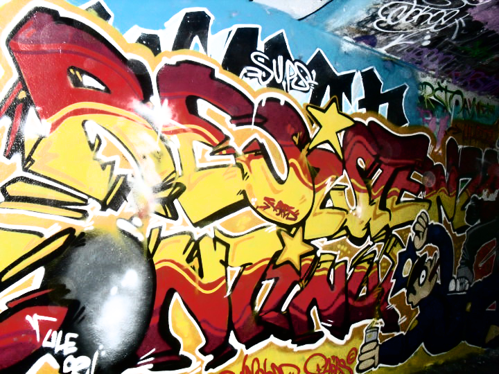 Ultras Grafitti - Page 2 Ule02_graffiti_ii_by_fak_her_1993-d3at3bi