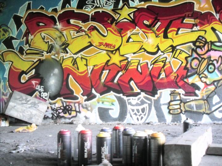 Ultras Grafitti - Page 2 Ule02_graffiti_iii_by_fak_her_1993-d3at3ck