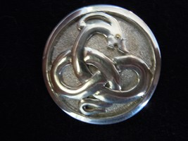 Dragon knot medallion by DustinDC