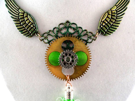 Green Fairy Necklace 2