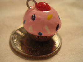 Cuppycake charm by Cakeonmyface
