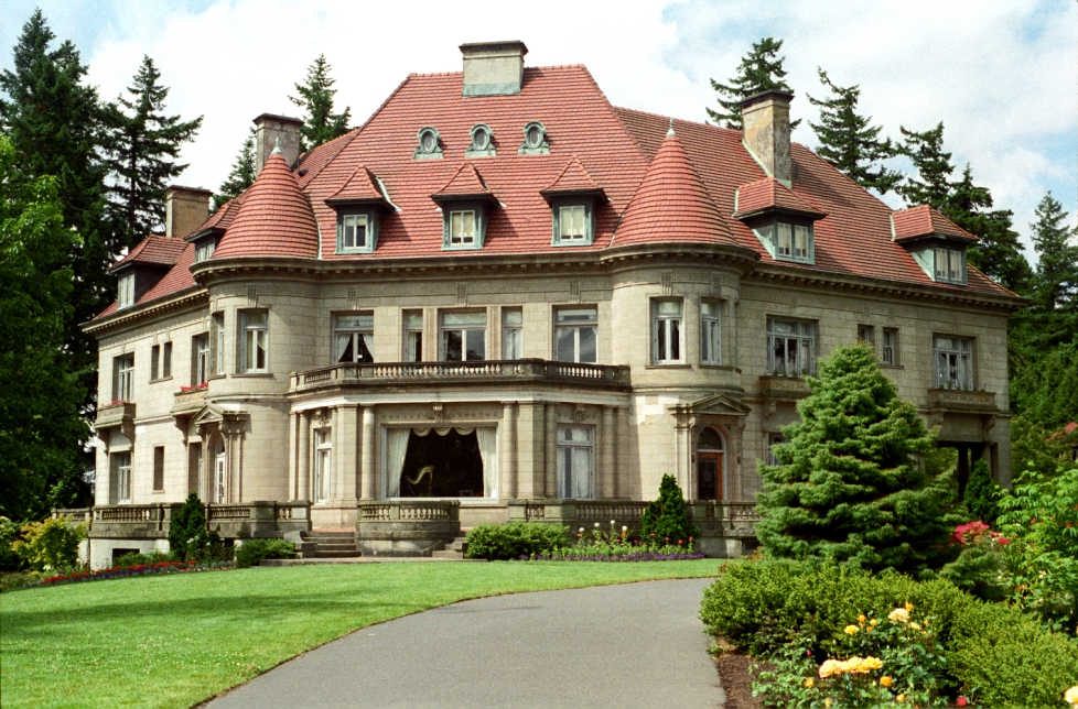 Portland - Pittock Mansion by lombardiee