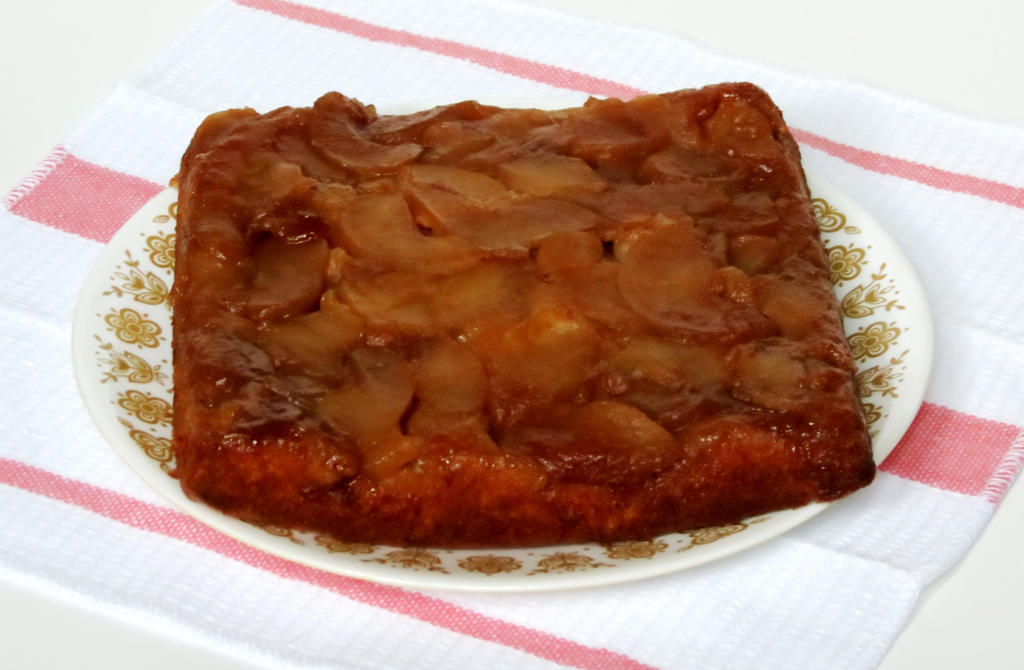 Apple-Cinnamon Upside-Down Cake Recipe — Dishmaps
