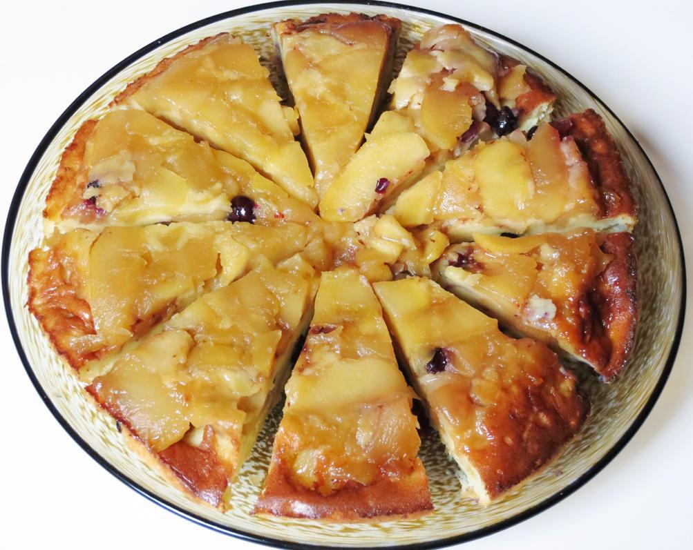Baked Apple Cinnamon Pancake by Kitteh-Pawz