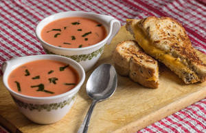 Cream of Tomato Soup with Grilled Cheese Sandwich by Kitteh-Pawz