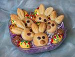 Easter Bunny Buns by Kitteh-Pawz