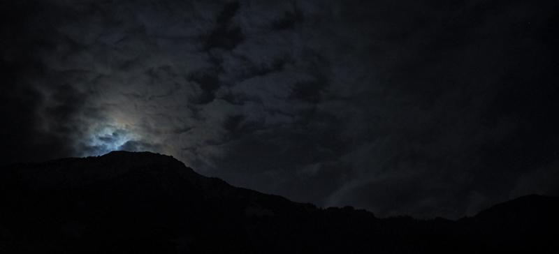 Moonrise by deediz