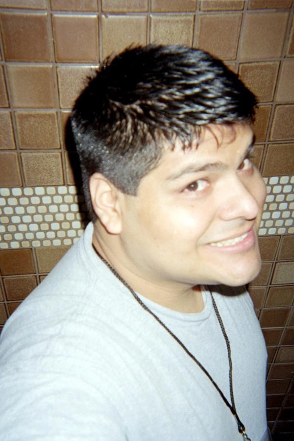 LeoHwzr's Profile Picture
