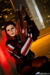 Mass Effect 3: Commander Shepard Armed and Ready
