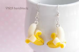 Cute banana earrings by virahandmade