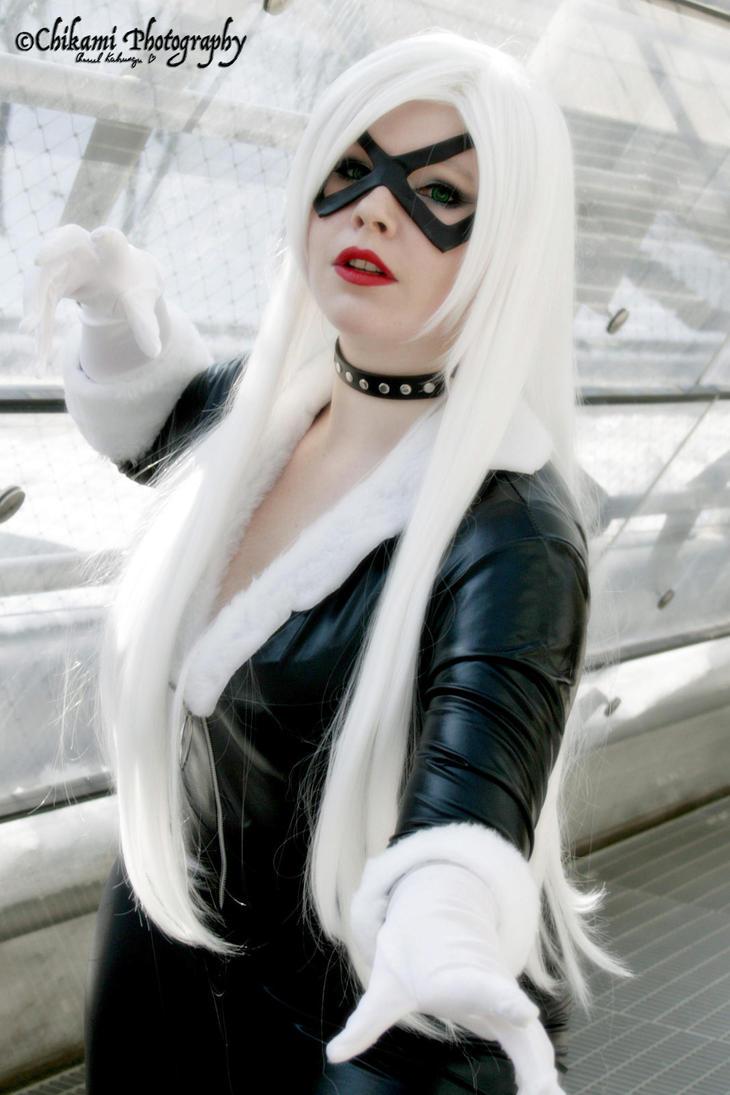 Black Cat by BellaHime