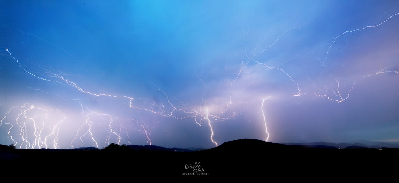 Thunderstorm by MadMike27