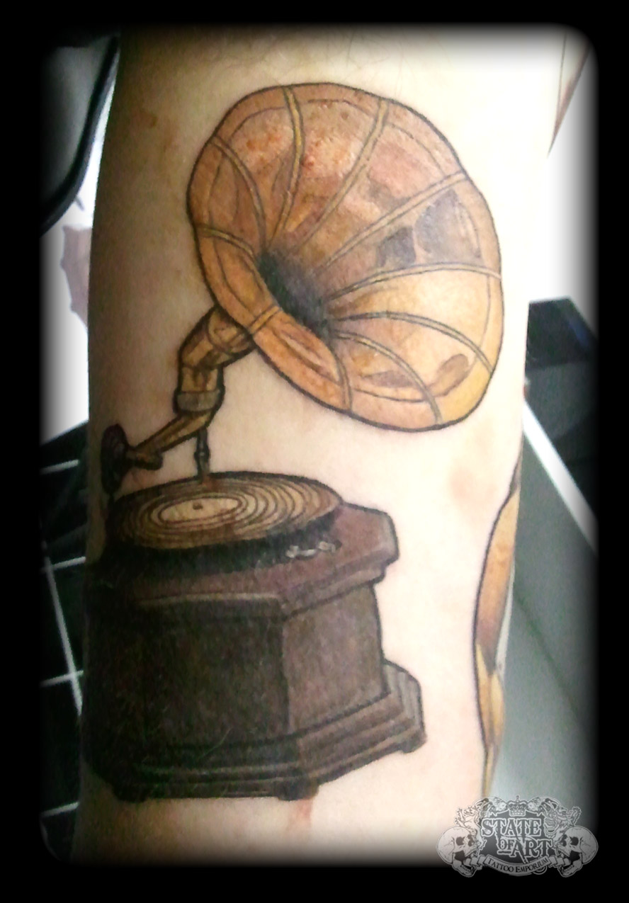 Gramaphone by state of art tattoo on deviantart for State of the art tattoo
