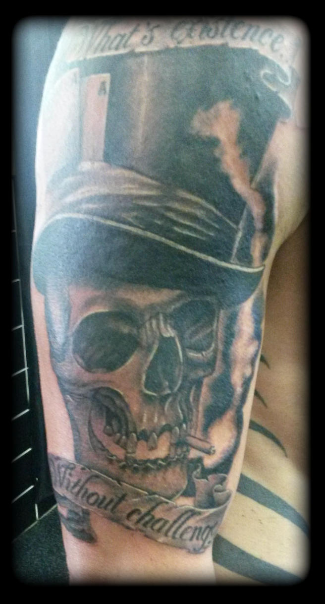 Skull tophat by state-of-art-tattoo
