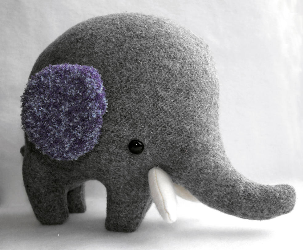 Oliver the Oliphant by HobbaGobwin