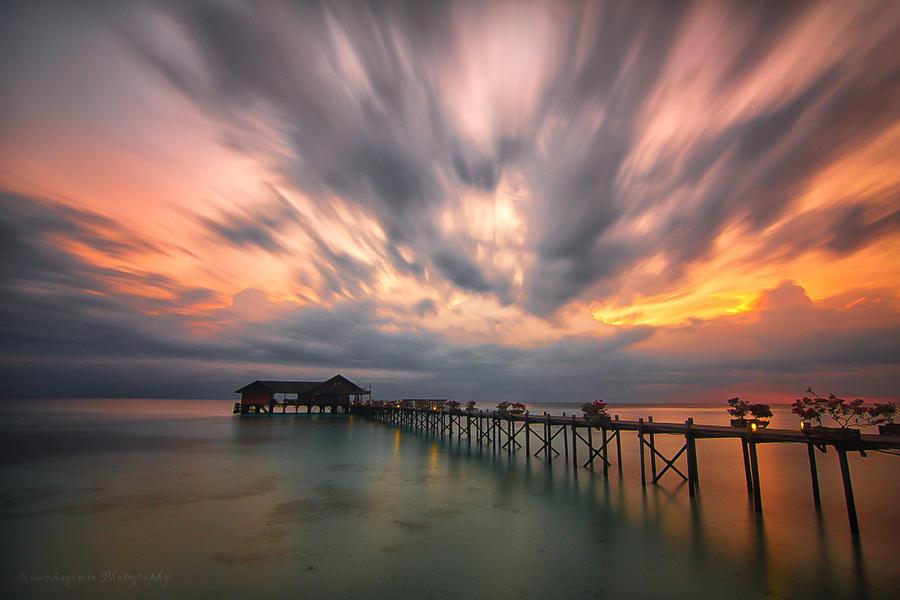 Last Light by Izwanshah