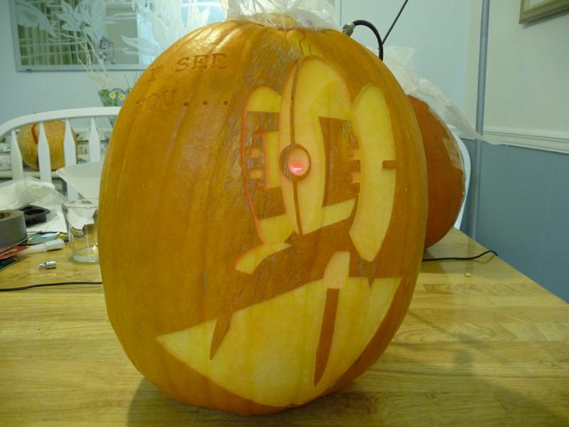Turret Pumpkin 3 by ceemdee