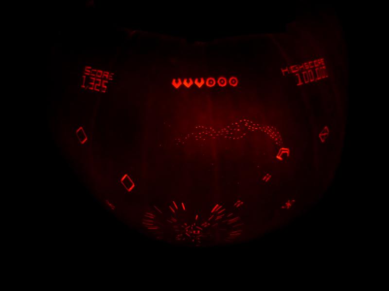 Geometry Wars Pumpkin 2 by ceemdee