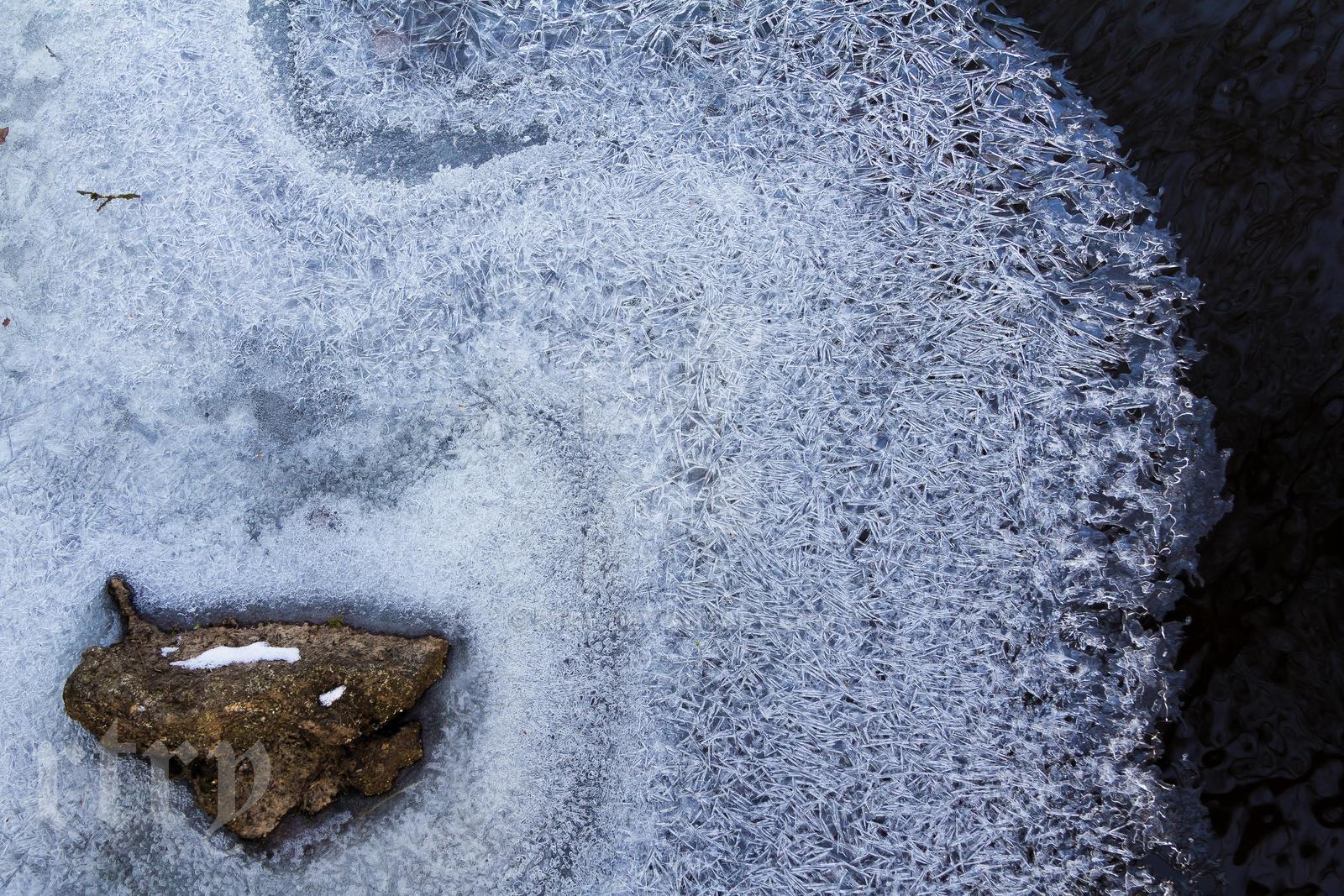 Frozen by rtry