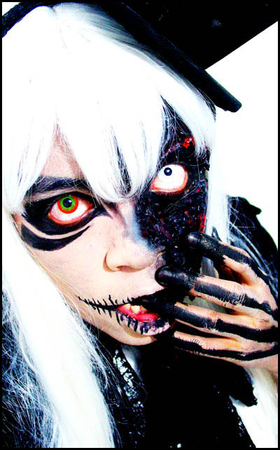 visual dark make up by aurilianalence