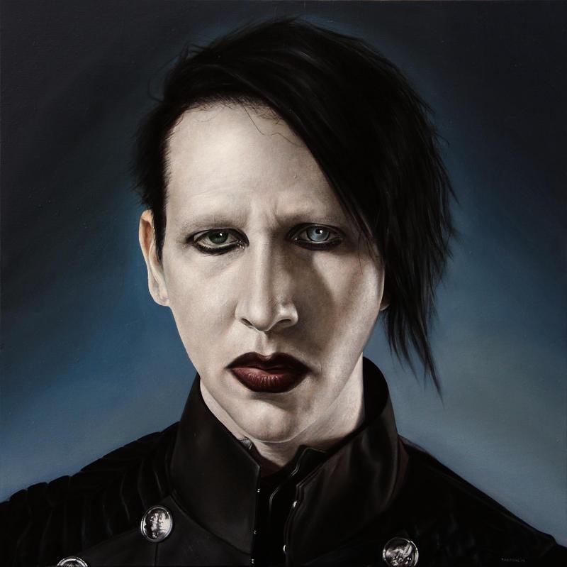 Marilyn Manson look