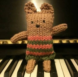 Knit Bear by andrealibman