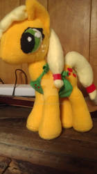 MLP cooking with applejack plushie