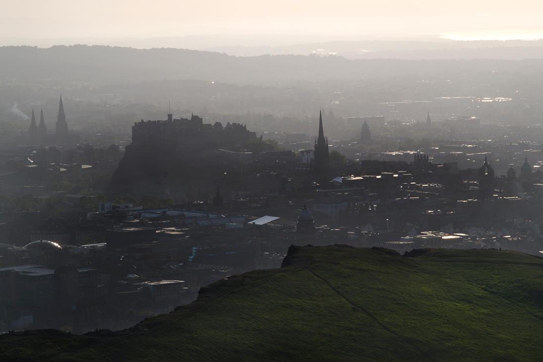 Edinburgh Dusk by Ballisticvole