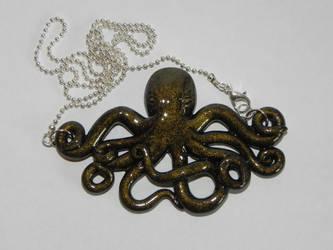Octopus pendant by Pandannabelle